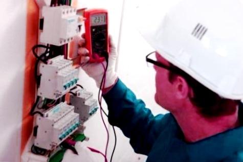 Electricistas autorizados en Coirós